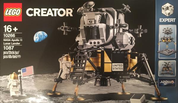 Apollo 11 LEGO