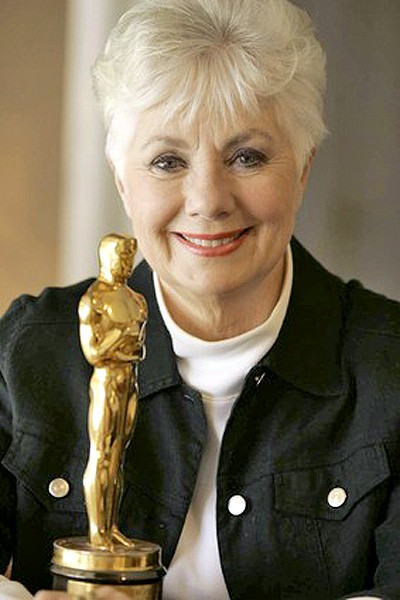 shirley jones with oscar award