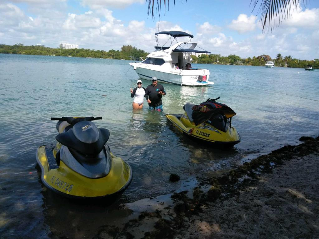 Jet Skis are also available for you enjoyment!! 2 Jet Skis for 6 hrs or 4 1/2 hours. This way you can ride around the bay then go on a Boat/Yacht to catch another wave!!