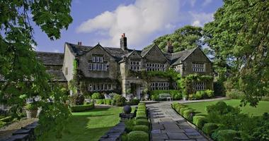 Attend the wedding fair at Holdsworth House in January 2013