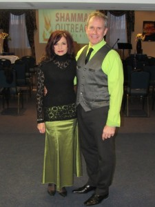 Apostles' Todd Smith & Sandra Benaglia Smith
