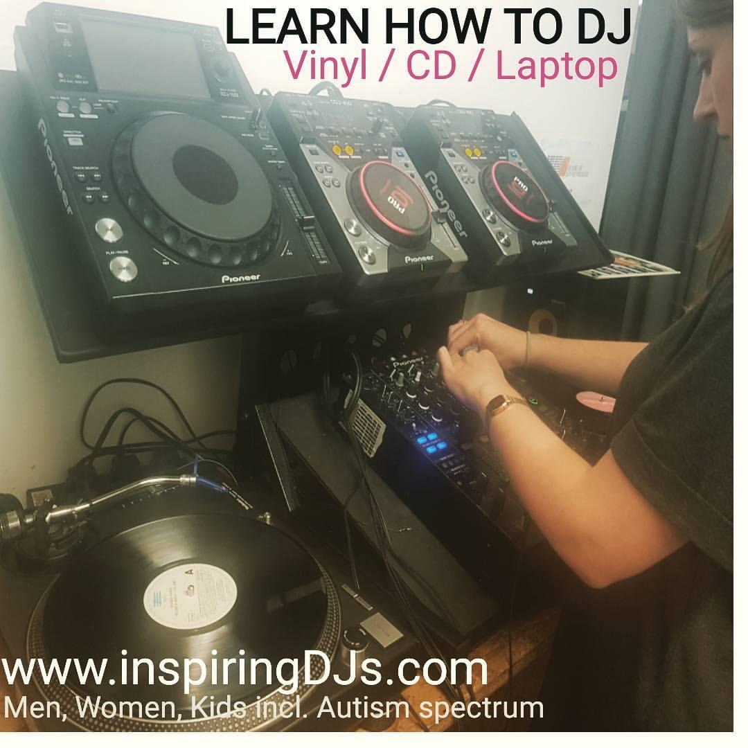Female DJ student