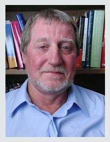 Dr Kirk Stosahl