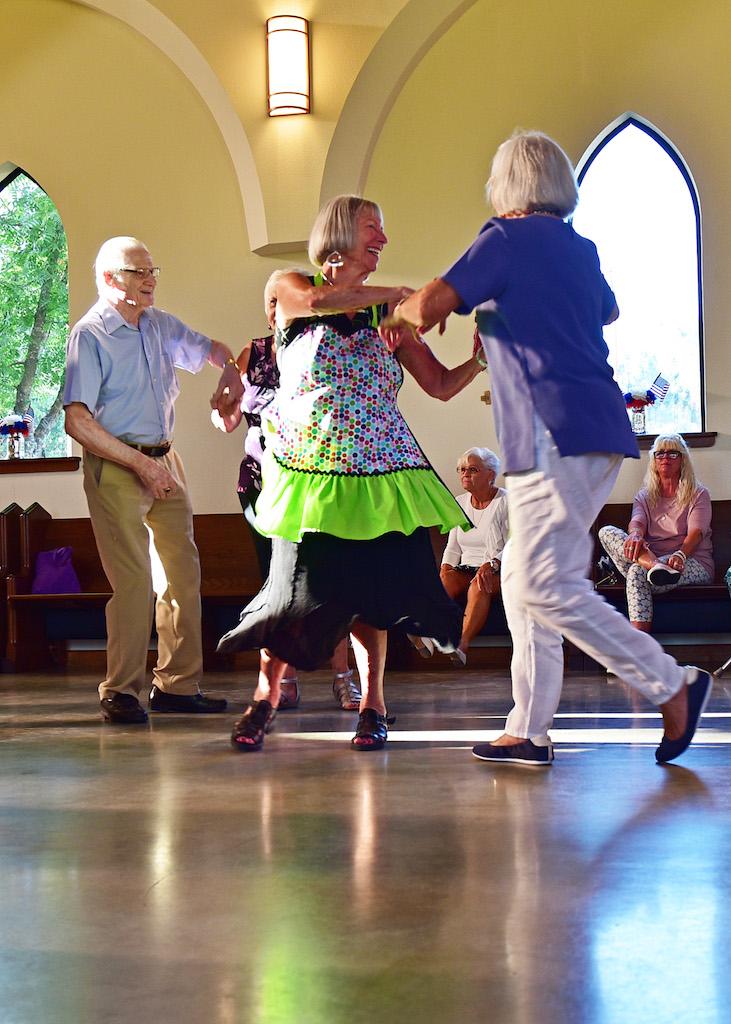 Rita & Joyce dancing