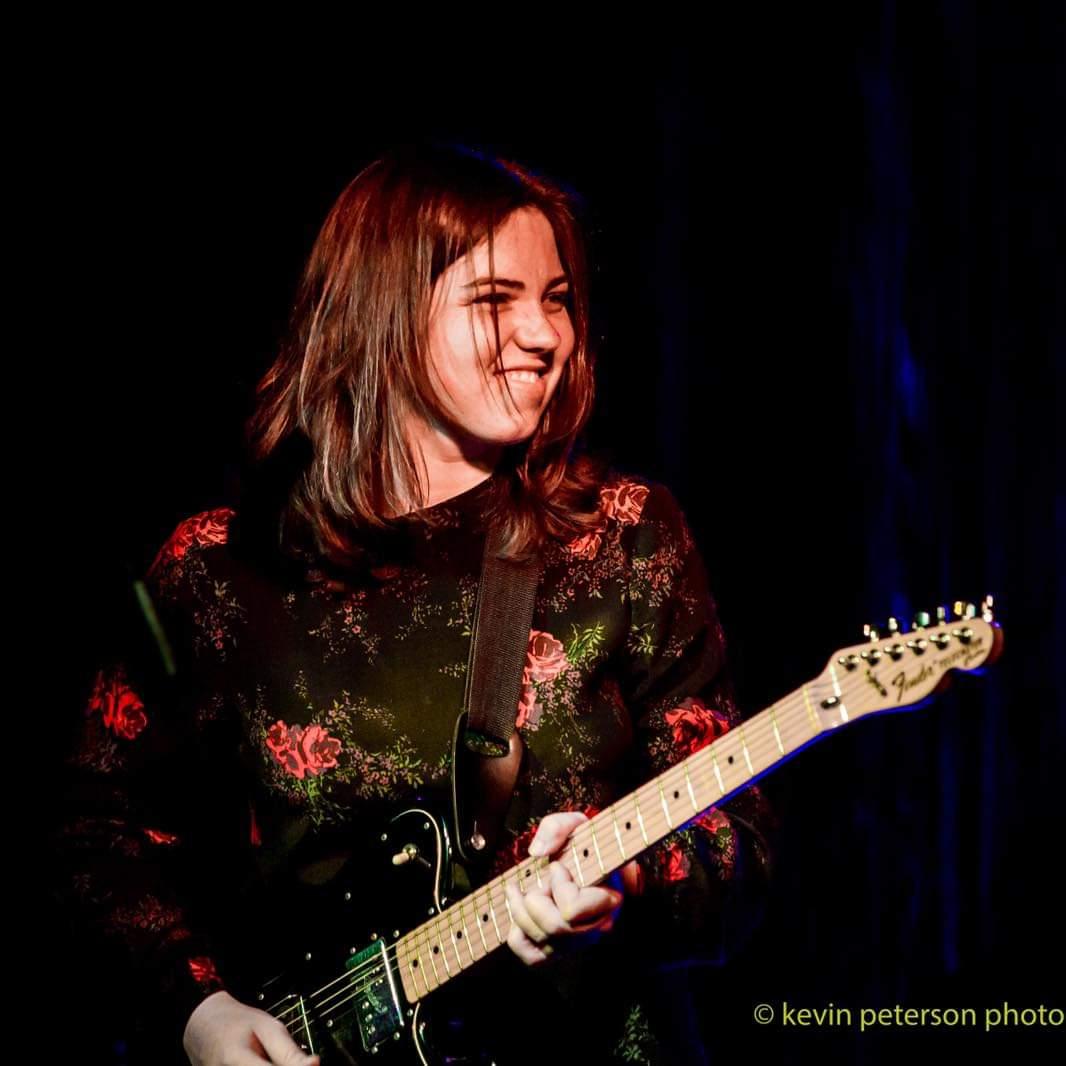 Kathleen Halloran guitarist