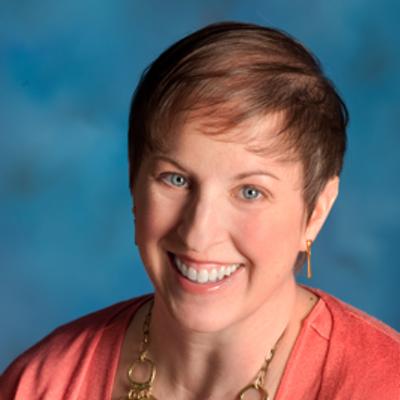 Formal headshot of Carolyn Klinger