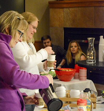 Coffeebar Serving