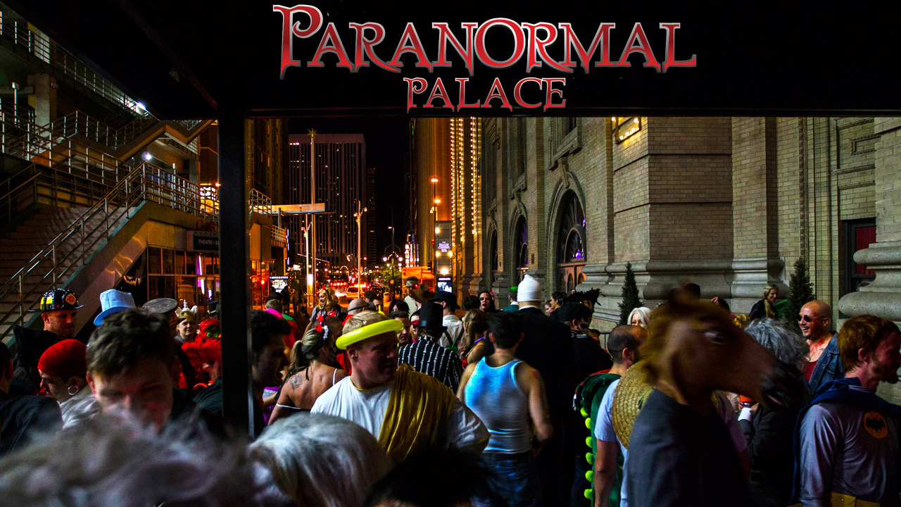 halloween event 2016 denver outside Paranormal Palace on halloween 2016