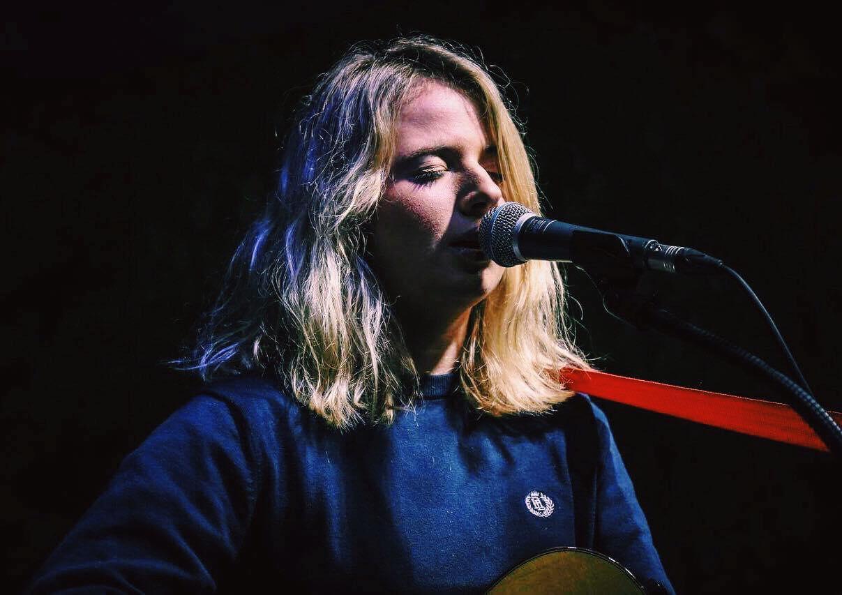 Sophie Sutton Live
