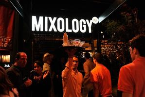 Sip & Mingle at Mixology at the Grove
