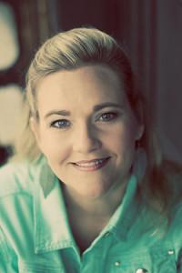 Heather Hildebrand bio image