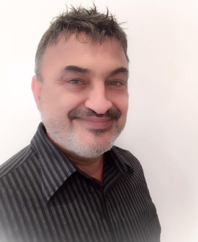 Dr Issam Kadamani