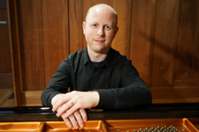 Pianist Jeffrey LeDeur