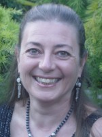Dr Helga Dittmar