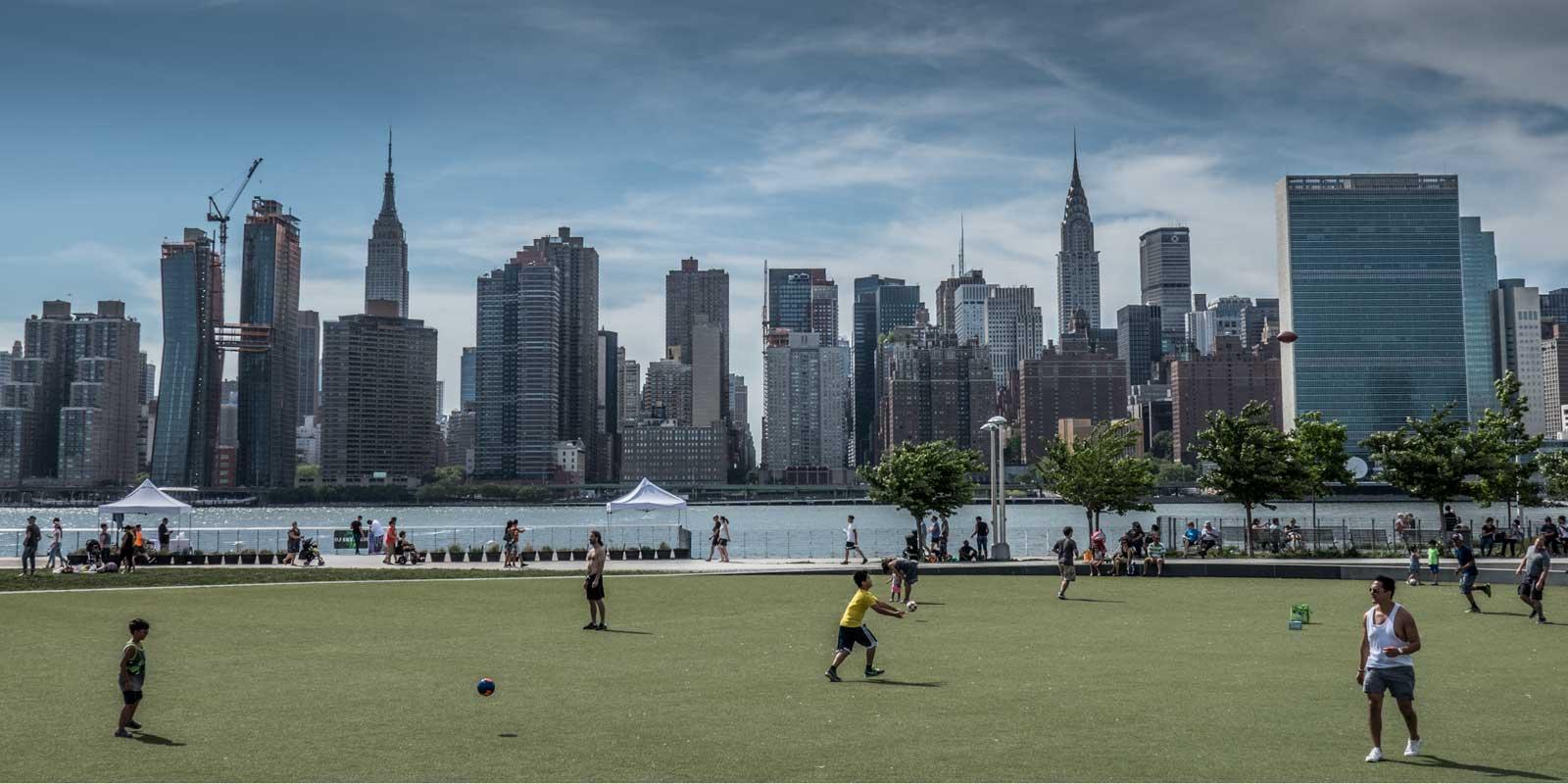 Manhattan Skyline from Gantry Plaza State Park