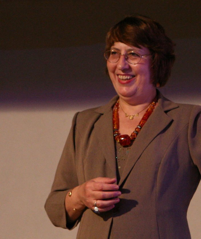 Laura Winckler, Nouvelle Acropole, séminaire Jung