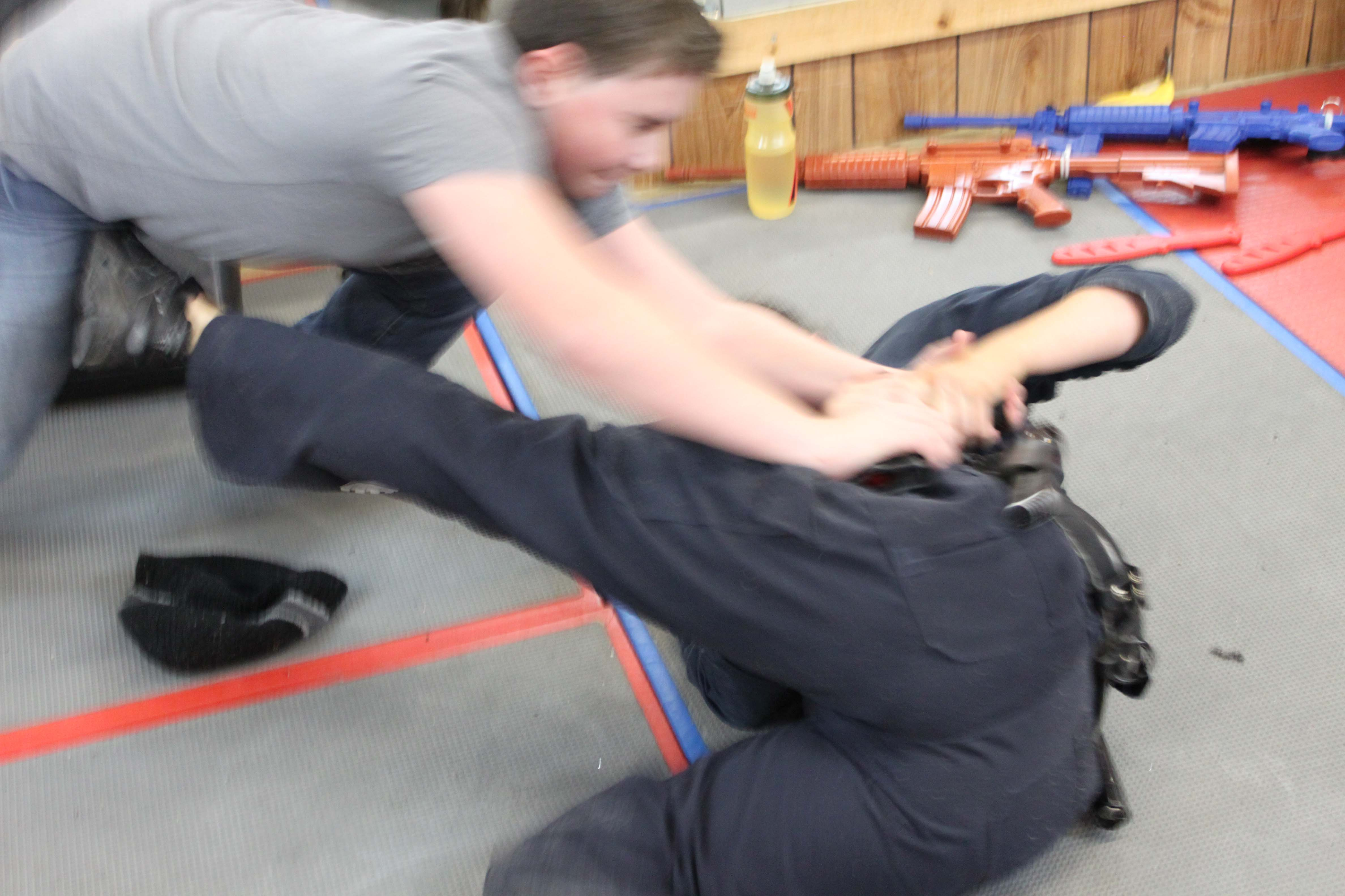 free defensive tactics training for active law enforcement