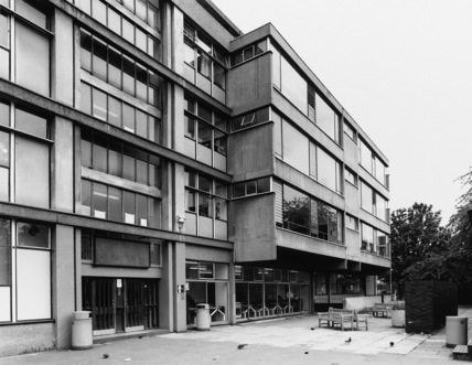Haggerston Girls School designed by Erno Goldfinger