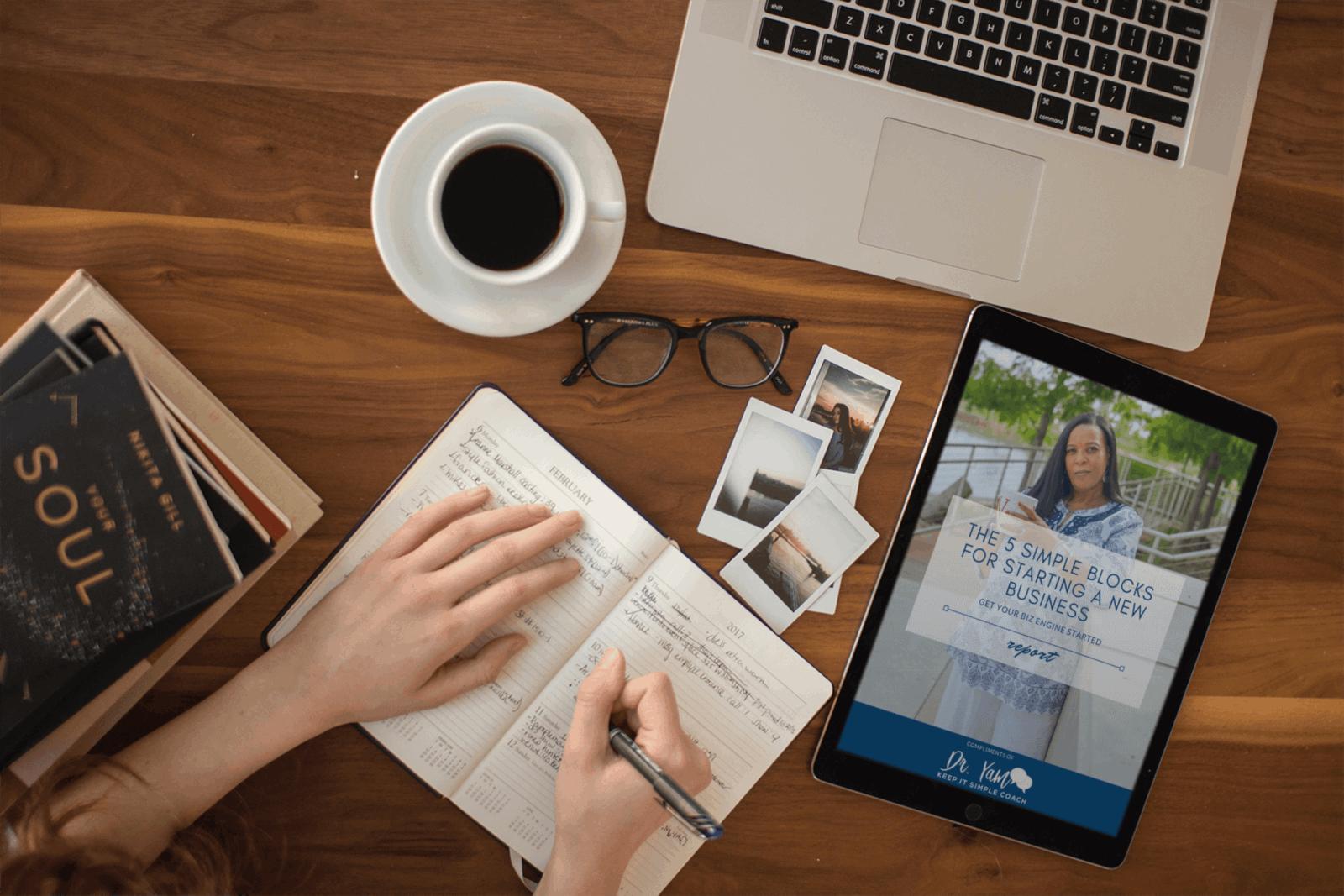 Ebook on ipad on desk