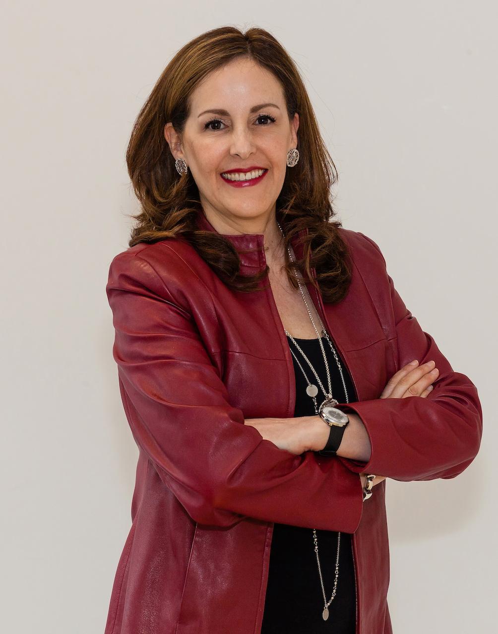 DR CLAUDIA MUNOZ