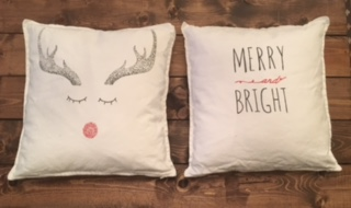 2 Decorative Christmas Pillows