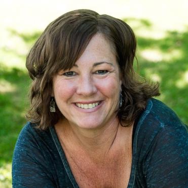 Dr. Jennifer Selig