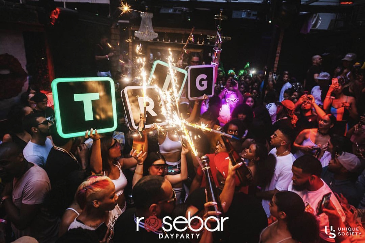 Rosebar and party crowd bottle service