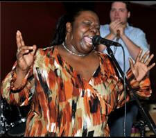 Mz. Peachez performs on the Chicago Blues Weekend