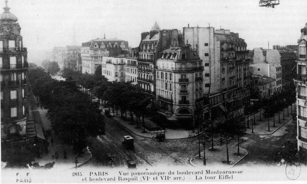 Photograph of La Rotonde on the corner of the Boulevard Montparnasse and Boulevard Raspail in Montparnasse.