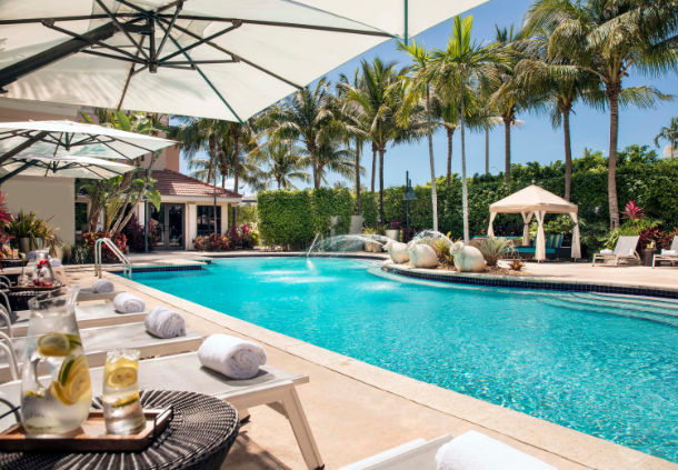 Renaissance Fort Lauderdale pool