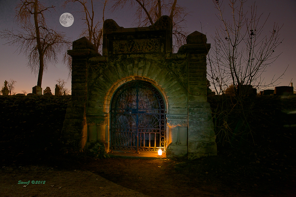 Riverside Cemetery Evans Mausoleum by Steve Johnson