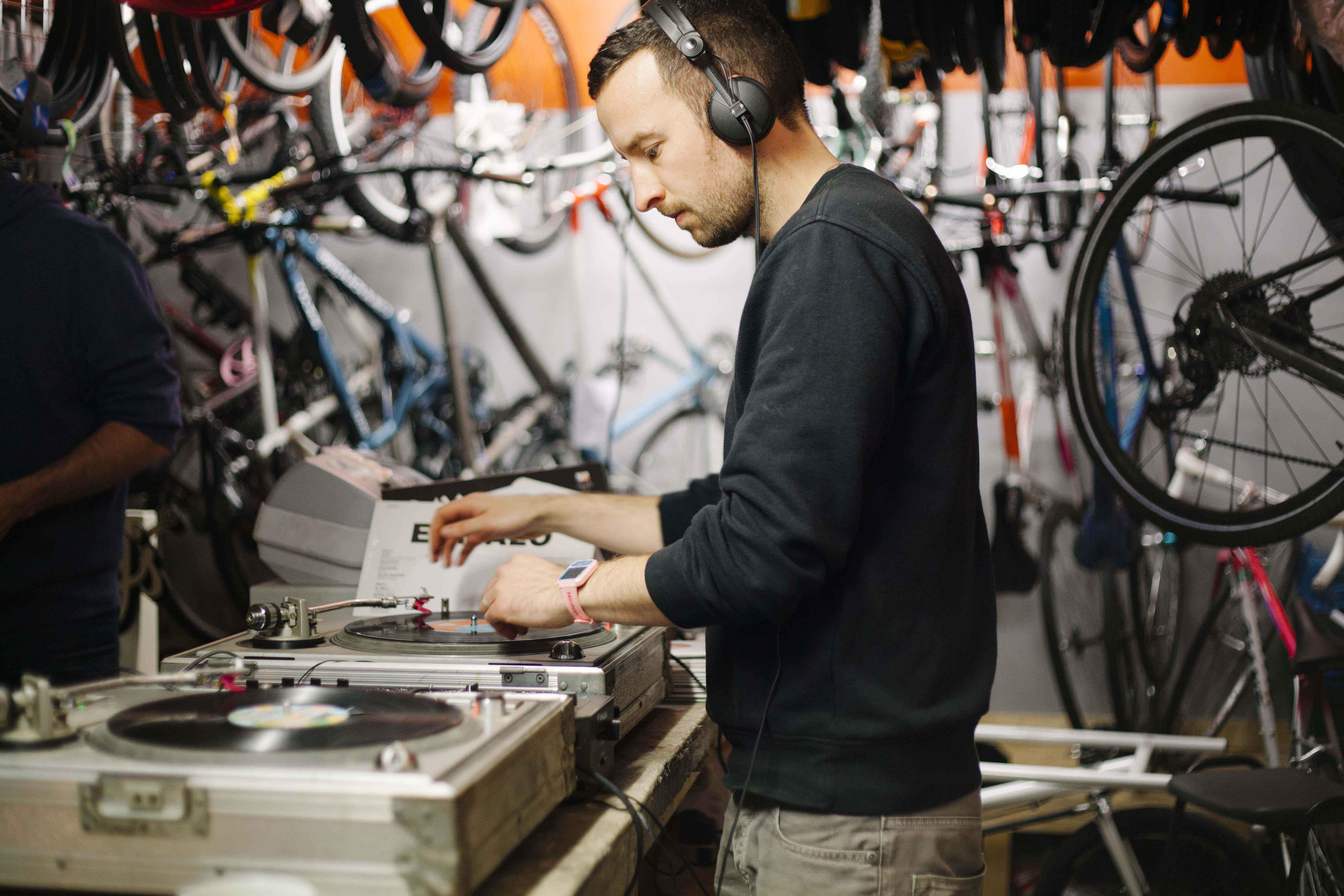 Latin Tacover DJ Max Ray