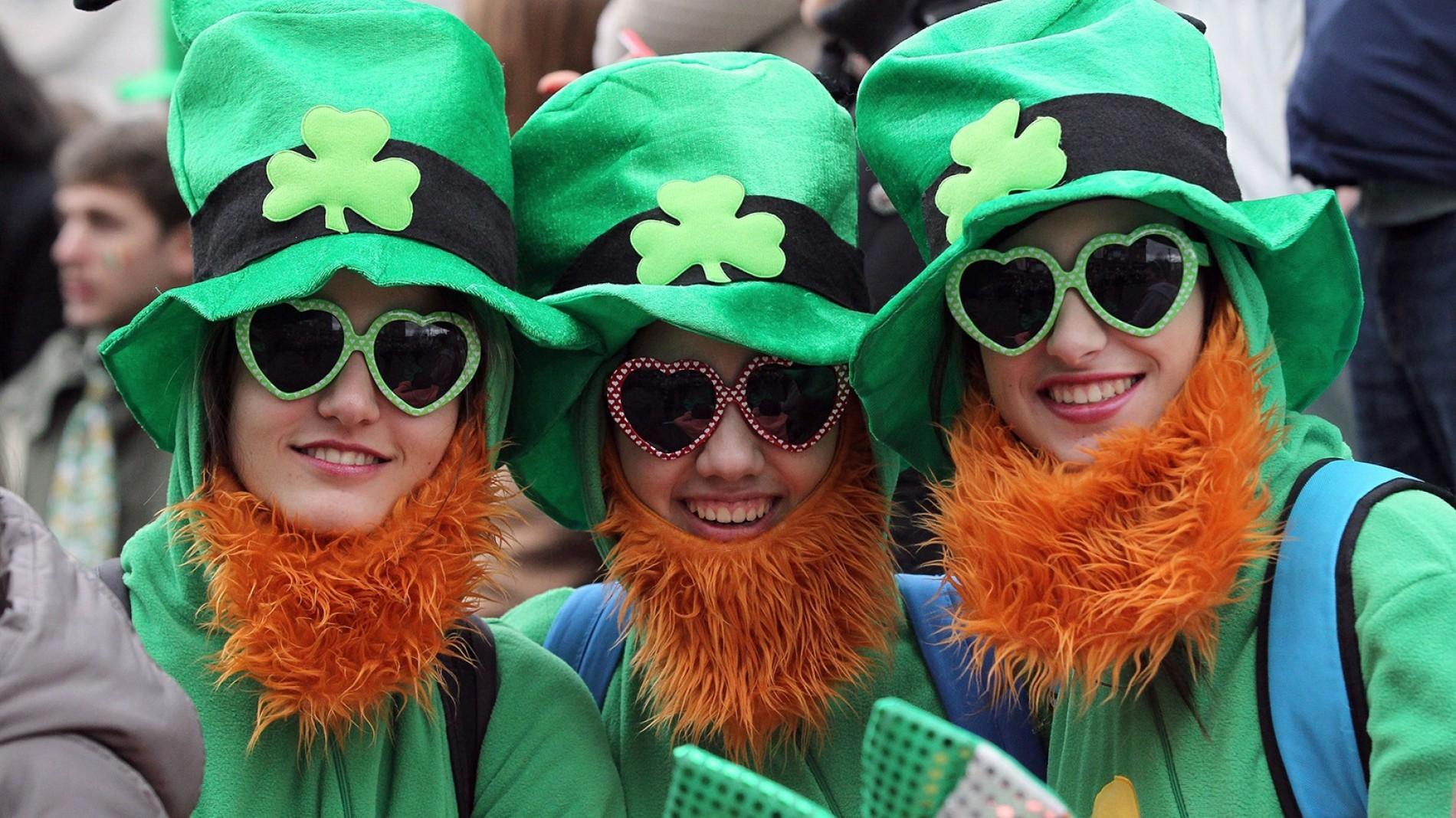 Three girls dressed up for St Patricks Day