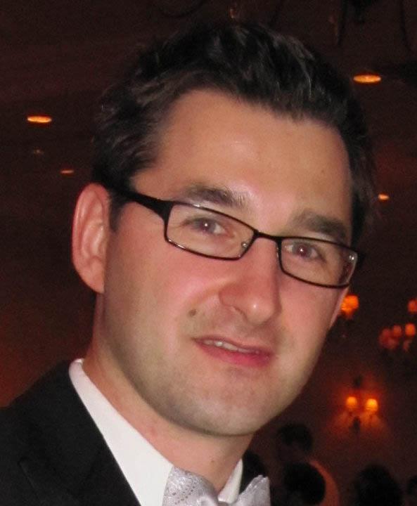 Simon Sikorski MD