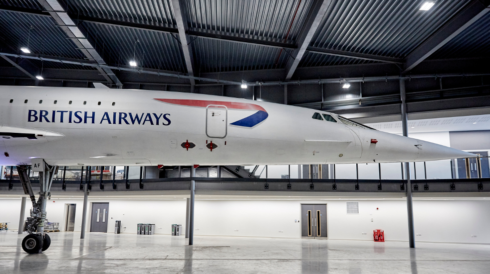 Concorde side view