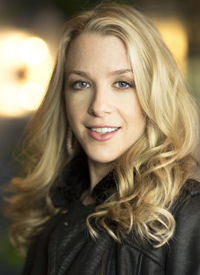 Bethany Lyons Headshot
