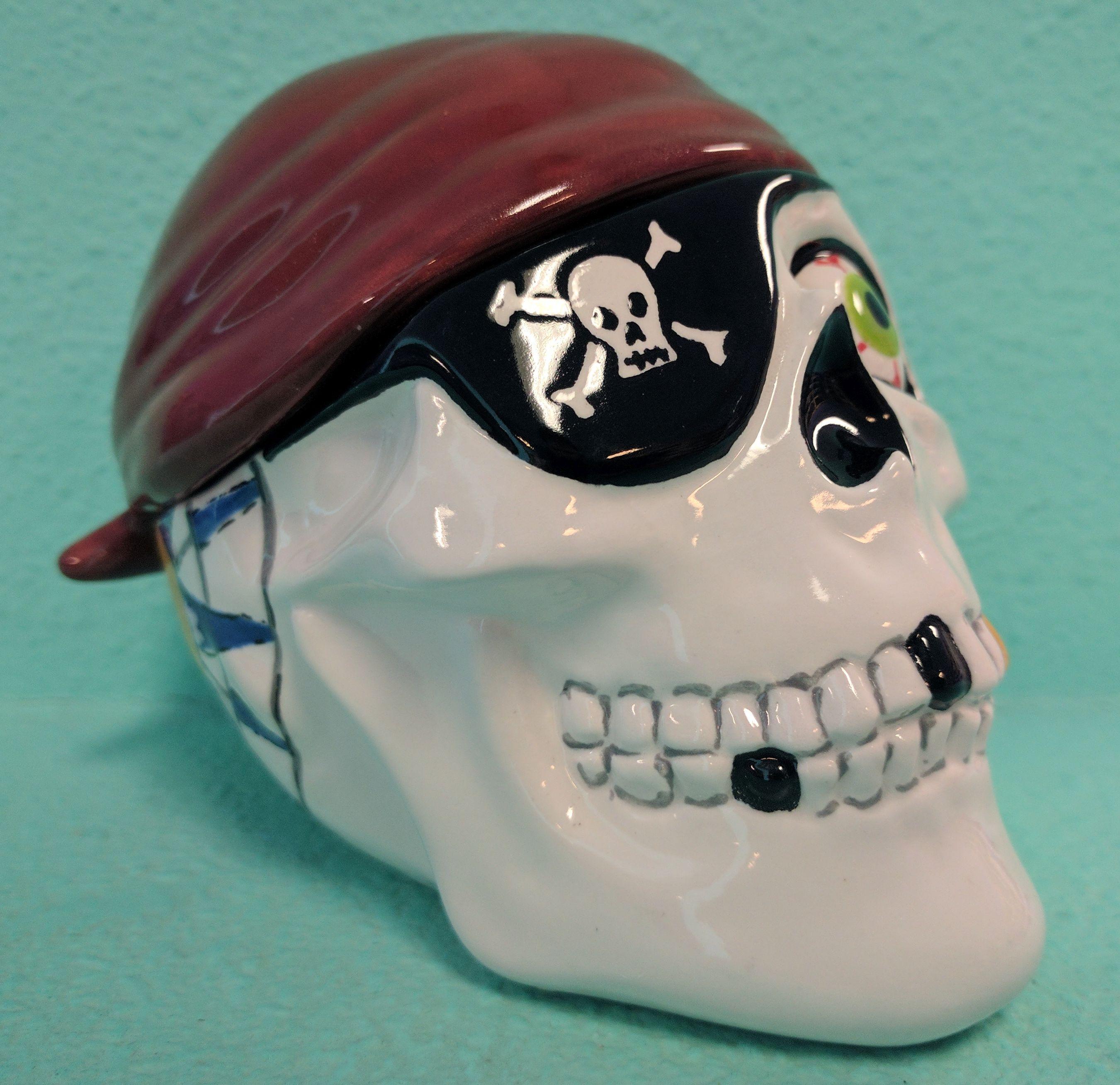 Pirate Skull Box