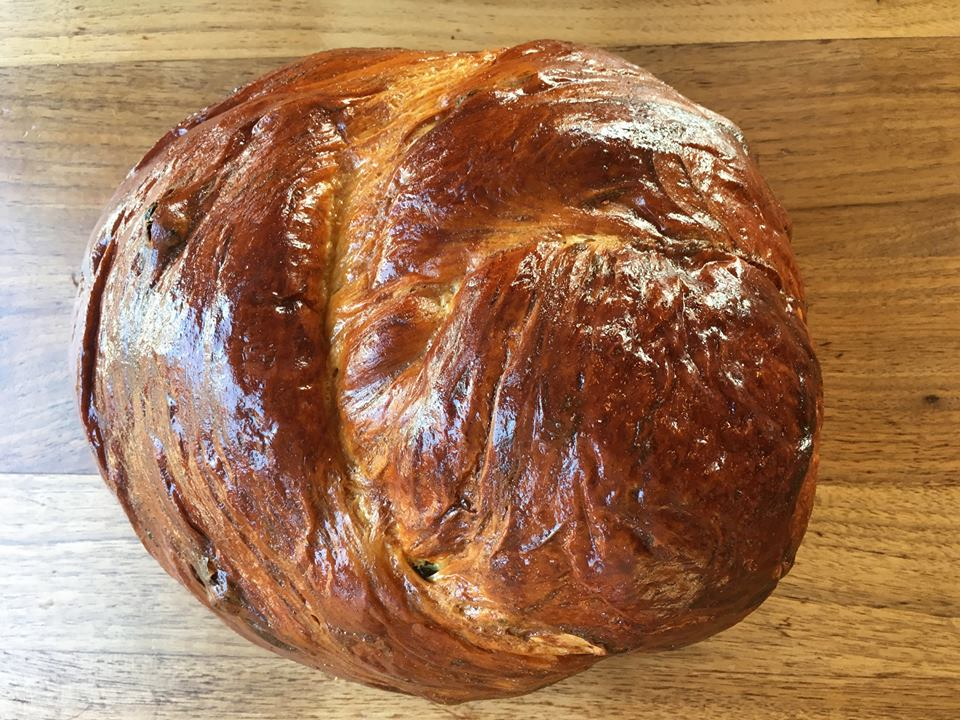 honey raisin challah