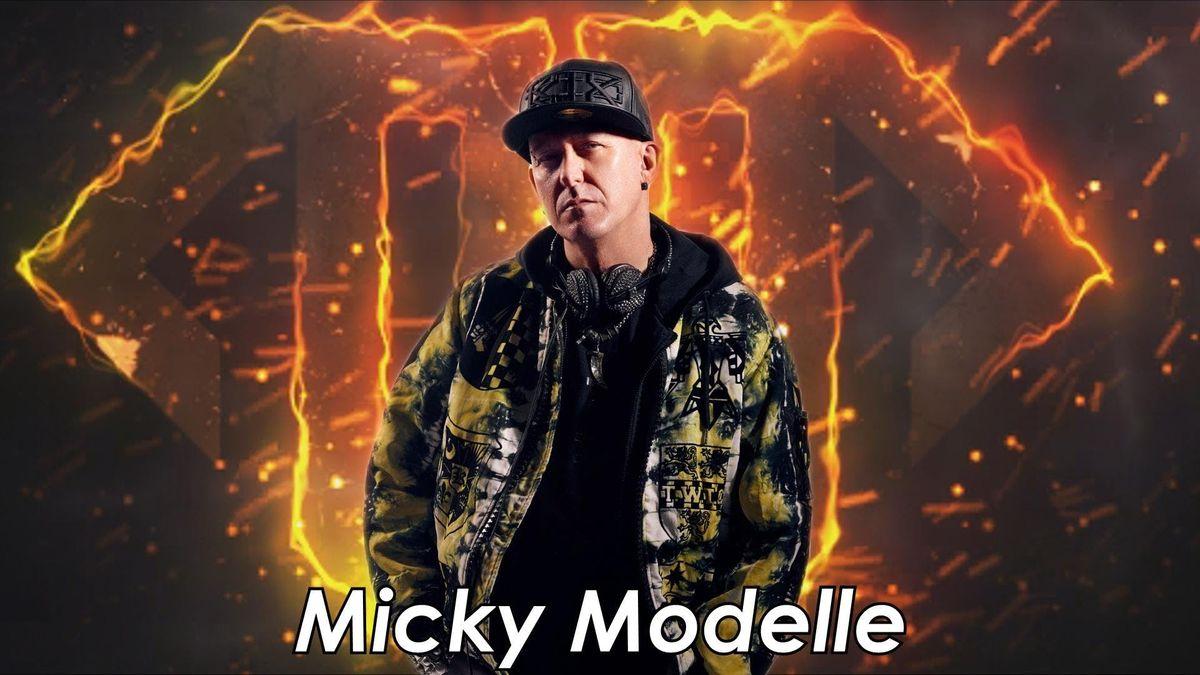 MICKY MODELLE WREXHAM