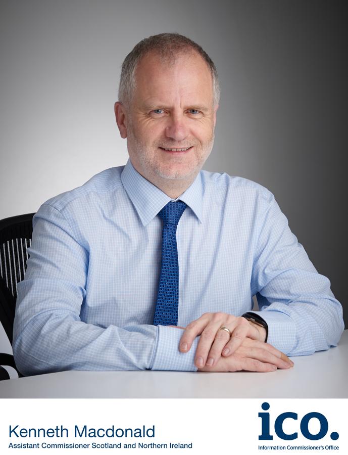 Dr Kennth Macdonald