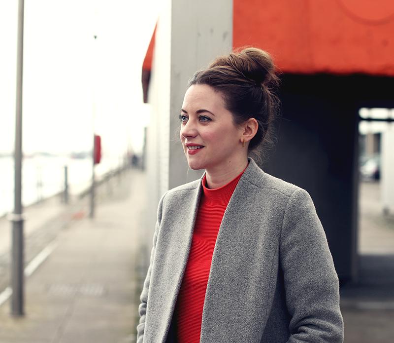 Portrait of Claire Dowling