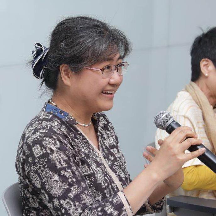 香港城市大學中文及歷史系教授 程美寶教授