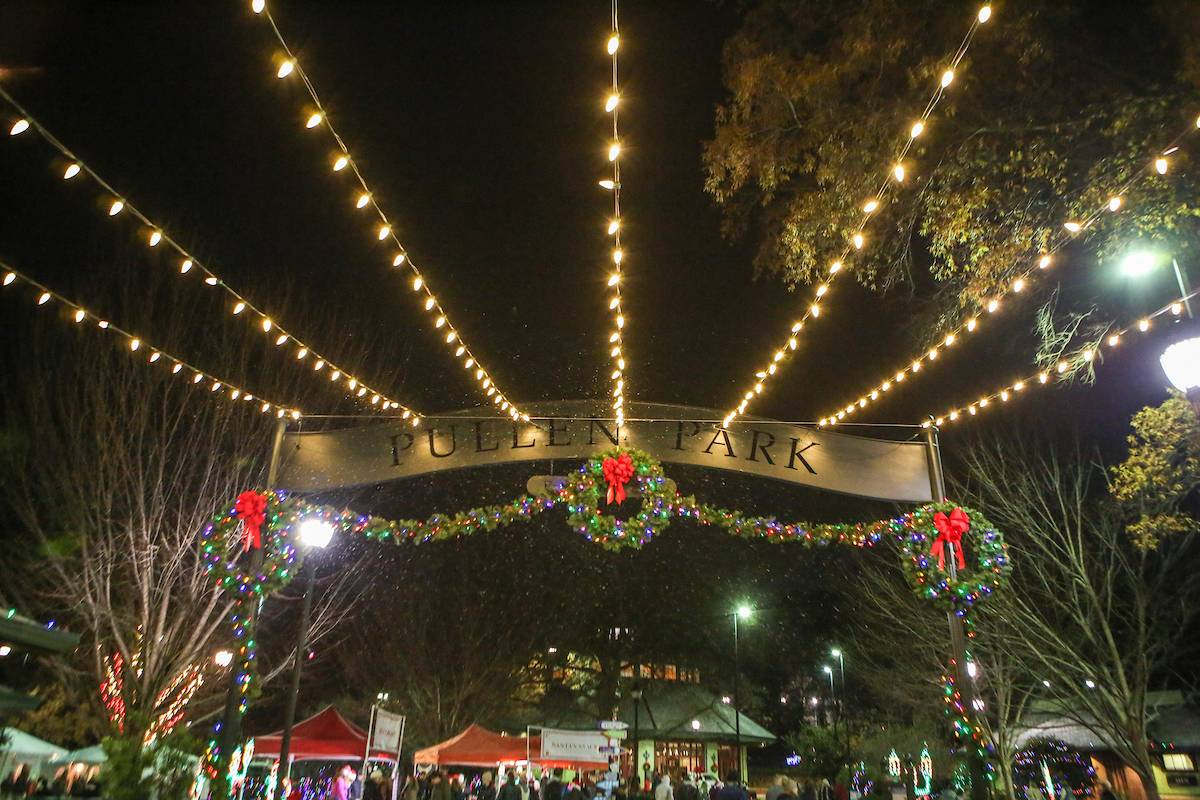 Pullen Park Christmas 2019.Pullen Park S Holiday Express Tickets Multiple Dates