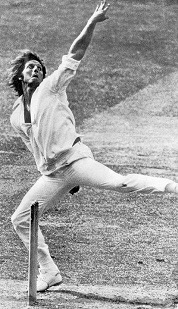 Jeff Thomson unleashes a thunderbolt