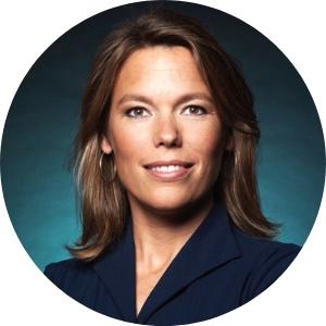 Dagvoorzitter Lea Bouwmeester