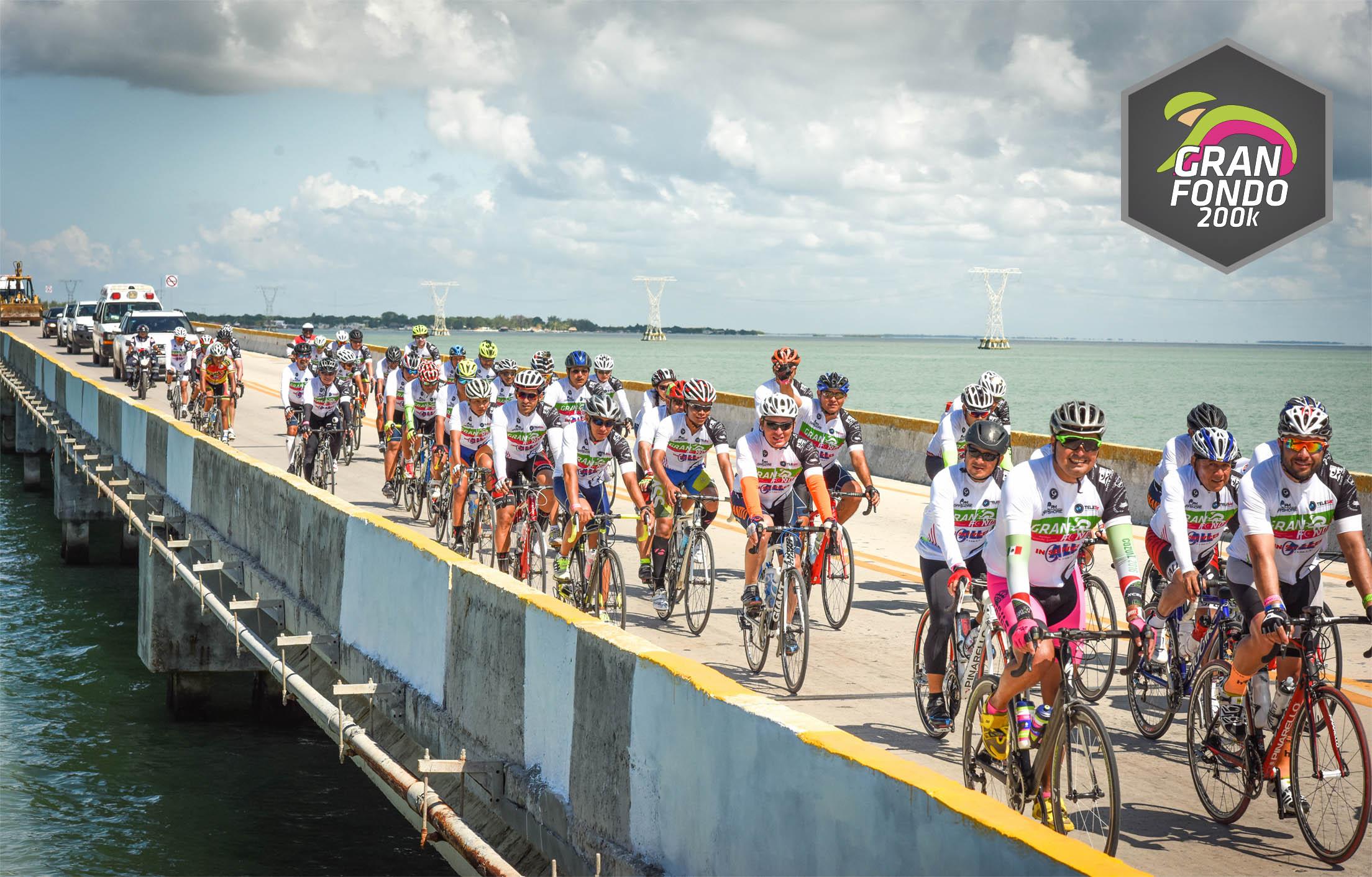 Ciclistas puente