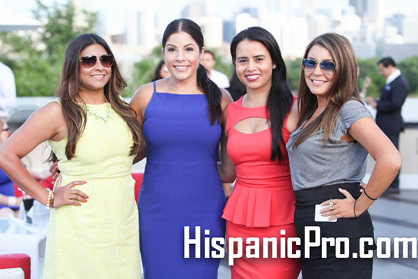 2017 Summer Rooftop Networking Chicago Estate Latina