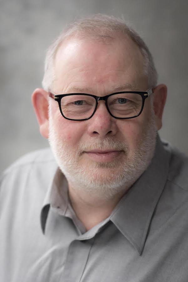 Duncan Low headshot
