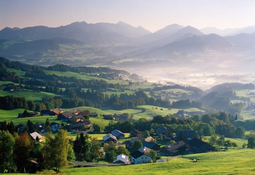 5-Day YOGA and HEALING - EASTER CERTIFICATE COURSE in the Austrian ...