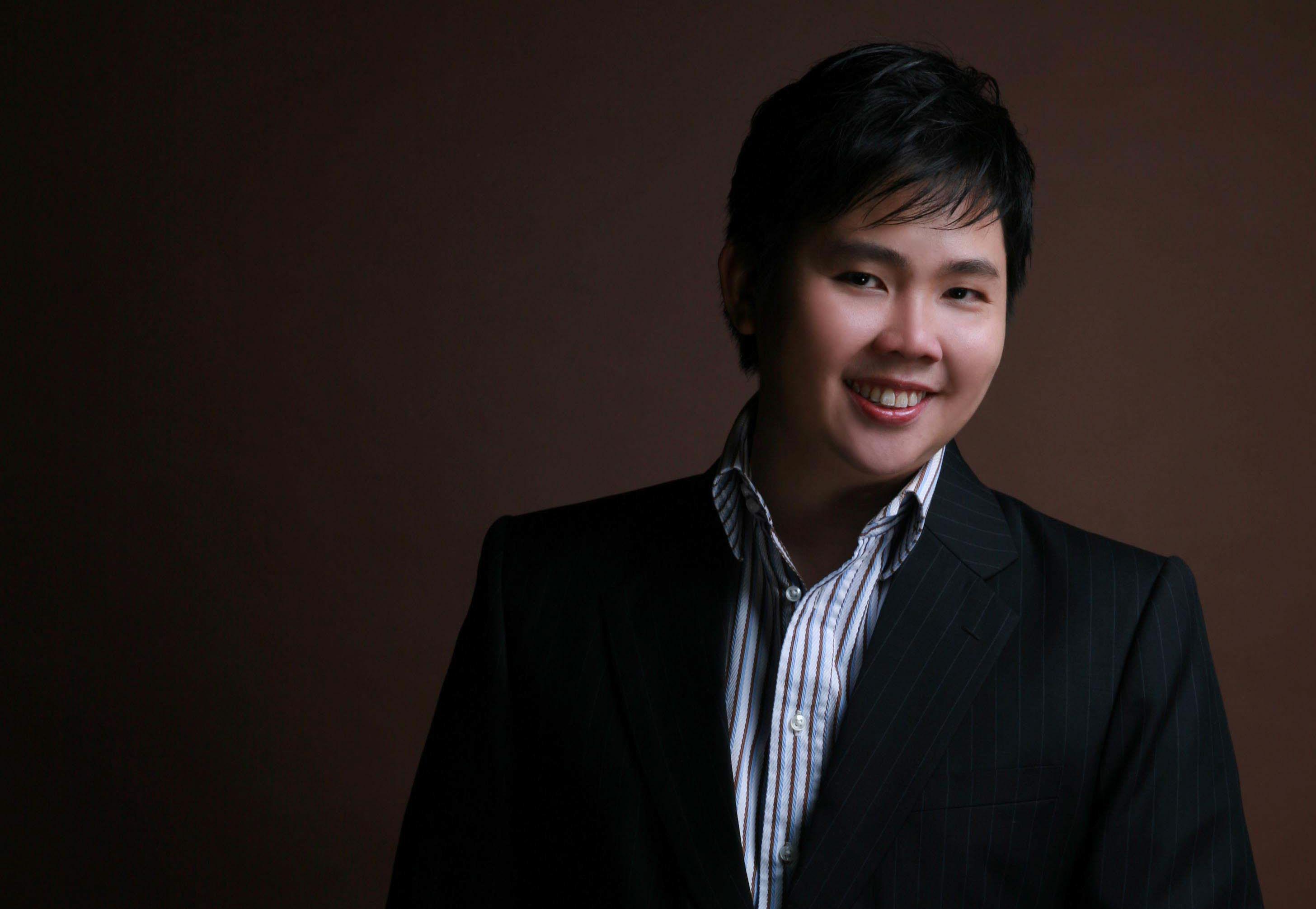 Dr. Peter Chen (MBBS, GDFM)